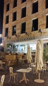 A restaurant or other place to eat at Hotel San Polo
