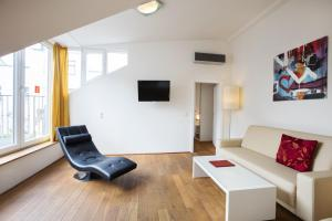 A seating area at Hahn Apartments Vienna City