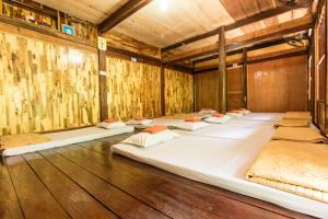 A room at Minh Quang homestay