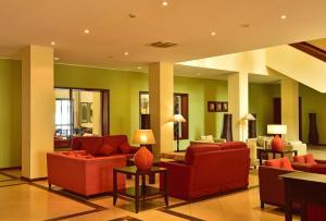 The lounge or bar area at Pestana Sao Tome