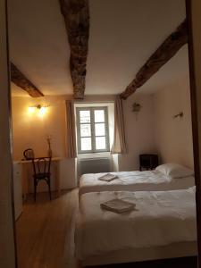 A room at La maison d'Angèle