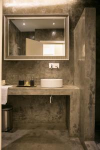 A bathroom at 54 Santa Catarina Apartments