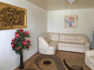 The lobby or reception area at Apartment with Sea View near Park Shevchenko