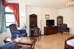 Lounge oder Bar in der Unterkunft Altstadthotel Garni Schlundhaus & Rautenkranz