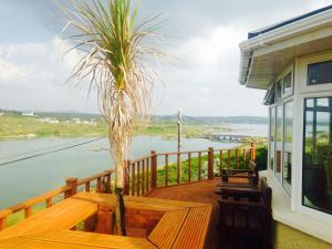 A balcony or terrace at Teach Donncadh B&B
