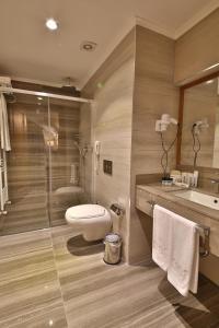 A bathroom at Bof Hotel Uludağ Ski & Convention Resort