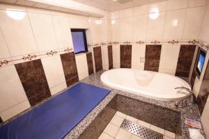 ホテルアトラス 新宿歌舞伎町 (大人専用)にあるバスルーム