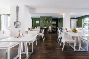 Ein Restaurant oder anderes Speiselokal in der Unterkunft Apparthotel STEIGER Bad Schandau