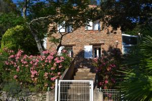 Balcon ou terrasse dans l'établissement Tivoli en Provence