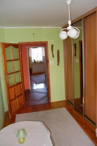 A seating area at Apartament Rodzinny w Kaliszu