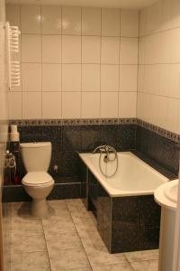 A bathroom at Apartament Rodzinny w Kaliszu