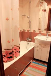 Ванная комната в Apartments on Kashirskoye sh, 32к2