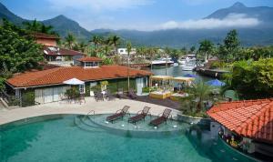Uma vista da piscina em Angra Boutique Hotel ou nos arredores