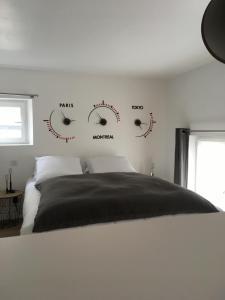 A room at Le Dix-Huit Studio Duplex