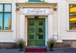 The facade or entrance of Hotell Drottninggatan 11