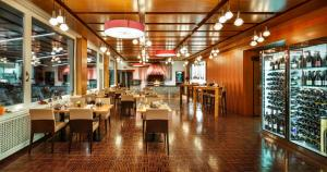 A restaurant or other place to eat at Seerausch Swiss Quality Hotel
