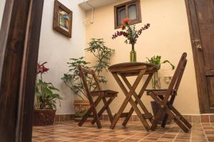 A seating area at Hotel Posada Dominnycos