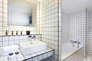 A bathroom at La Maison Champs Elysées