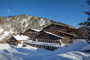 HUUS Gstaad during the winter