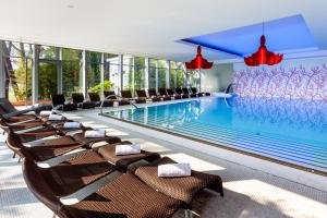 The swimming pool at or close to Hotel Meliá Coral for Plava Laguna