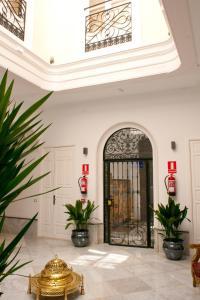 """Fachada o entrada de Apartamentos """"El Escondite de María"""""""
