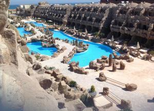 Caves Beach Resort tesisinin kuş bakışı görünümü
