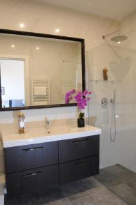 A bathroom at Montebello Luxury Apartments