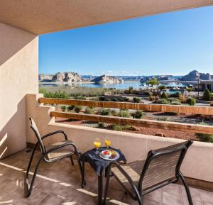 A balcony or terrace at Lake Powell Resort