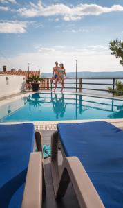The swimming pool at or close to Villa Marina