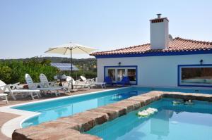 A piscina em ou perto de Quinta da Sardinha
