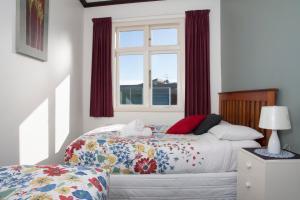 A room at Moana Lodge