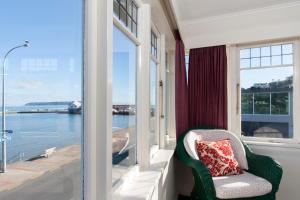 A balcony or terrace at Moana Lodge