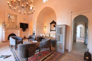 Coin salon dans l'établissement Villa Jannah