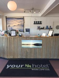 Lobbyn eller receptionsområdet på Hotel E-10