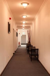 El vestíbulo o zona de recepción de Hotel Aviv Dresden