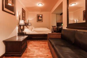 Una habitación en Hotel Aviv Dresden