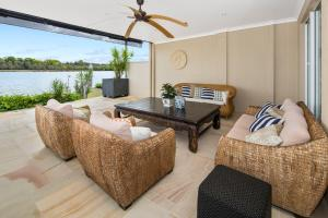 A porch or other outdoor area at Beach House @ The Cove
