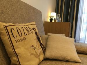 Кровать или кровати в номере Апартаменты на ул.Кременчугская, д.11,к.2