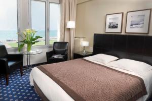 A room at Hotel Aguado