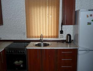 Кухня или мини-кухня в Коттедж на Красноармейской