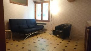 A seating area at La Capelette