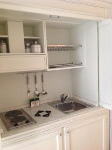 A kitchen or kitchenette at Maison Menton