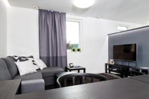 Majoituspaikan Guesthouse Villa Laukkoski baari tai lounge-tila