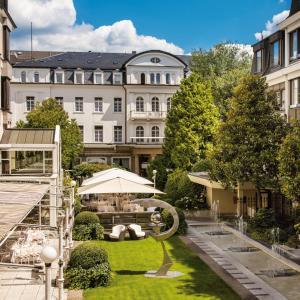 Ein Garten an der Unterkunft Hotel Europäischer Hof Heidelberg