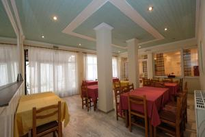 A restaurant or other place to eat at Hotel Sevdali