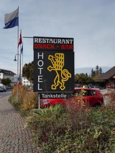 Ein Zertifikat, Auszeichnung, Logo oder anderes Dokument, das in der Unterkunft Hotel Löwen ausgestellt ist