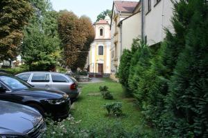 Ein Garten an der Unterkunft Hotel Casanova