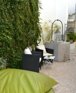 A porch or other outdoor area at Tavira House