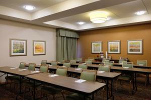 The business area and/or conference room at Hampton Inn Lima