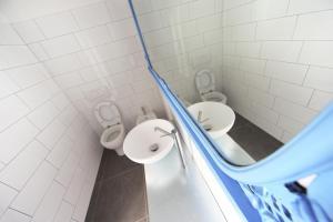 Salle de bains dans l'établissement Dopa Hostel